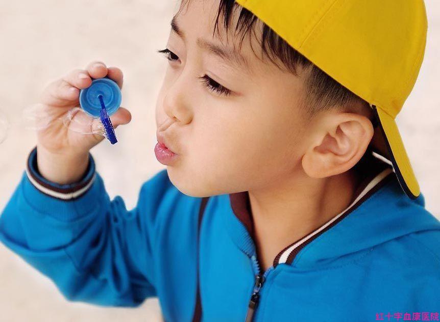 儿童白血病病因?